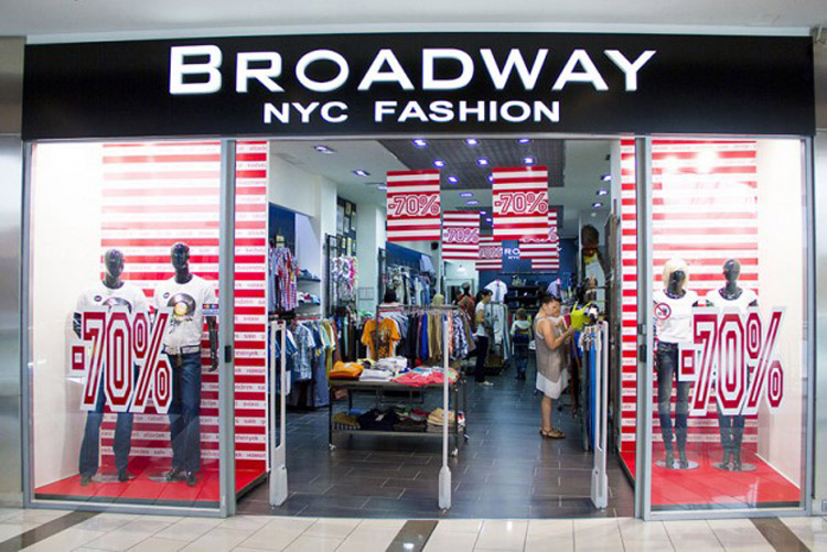 Broadway Fashion carries a large selection of Men's clothing including Outerwear, Jeans, Shirts, Hoodies & Joggers.