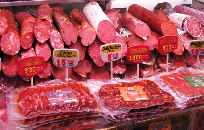 выкладка колбасных изделий в магазине фото путешествовать заброшенным
